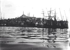 Golden Horn - natural harbour to NE of city. Boats in harbour with Constantinople and Mosque of Suleyman I in background. View from water. Gertrude Bell, Golden Horn, Mosque, Old Pictures, Once Upon A Time, Middle East, Sailing Ships, Istanbul, New York Skyline