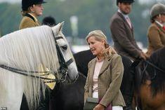 Countess Wessex, Princess Anne, Prince Edward, Duke And Duchess, Livestock, British Royals, Queen Elizabeth, Mail Online