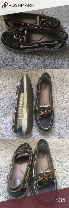 8cabdb64aa5 Sperry topsiders boat shoe These Sperry boat shoes are hardly worn