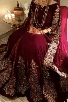 Pakistani Fashion Party Wear, Pakistani Wedding Outfits, Indian Bridal Outfits, Pakistani Bridal Dresses, Pakistani Dress Design, Desi Wedding Dresses, Asian Bridal Dresses, Party Wear Dresses, Fancy Dress Design