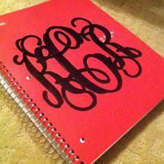 Monogrammed notebook: Make a monogram on Microsoft Word, print  cut out the monogram, trace it with sharpie and color it in. Super cute for Back to School Notebooks :)