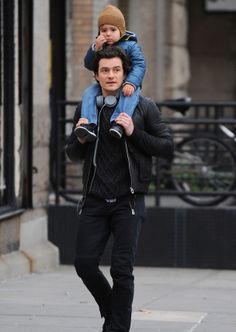 Orlando Bloom and his baby.