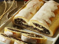 Weihnachtlicher Mohnstollen |  Zeit: 45 Min. | http://eatsmarter.de/rezepte/weihnachtlicher-mohnstollen