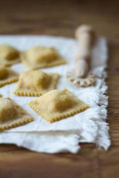 Ravioli alle noci ripieni di gorgonzola e mascarpone