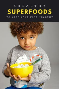 5 Healthy Superfoods to Keep Your Kids Healthy - Superfoodliving.com Superfood Recipes, Raw Food Recipes, Crunch Cereal, Raw Cacao, Food Staples, Kids Diet, Healthy Kids, Vitamin E, Superfoods