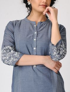 Detailing with stitching, buttons and embroidery. Kurta Designs Women, Salwar Designs, Kurti Designs Party Wear, Dress Neck Designs, Designs For Dresses, Blouse Designs, Kurti Patterns, Dress Patterns, Sewing Patterns