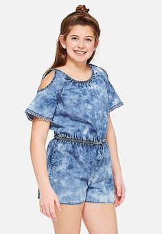 Justice is your one-stop-shop for on-trend styles in tween girls clothing & accessories. Shop our MOOS. Clothes Women, Fashion Clothes, Kids Fashion, Fashion Outfits, Fashion Trends, New Outfits, Cute Outfits, Cute Headphones, Cold Shoulder Romper