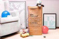 Saco para cumpleaños molones by Kuko para celebrar cada año con mucho estilazo y glamour. Ideales para el almacenamiento y presentación de los regalos