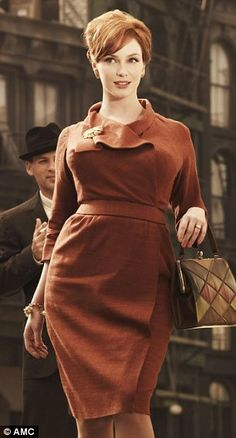 A good goal in life would be for me to embrace my curves like this stunning woman, Christina Hendricks