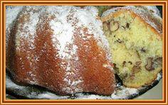 Kouzelná vařečka: Ořechová bábovka 2 Czech Recipes, Russian Recipes, Ethnic Recipes, Bunt Cakes, Oreo Cupcakes, Sweets Cake, Pie Cake, Vintage Recipes