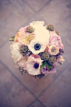 wildflowers, mounded bouquet, pastels, lilac and pink, white and blue, wedding bouquet, mounded bouquet, wedding, anemones