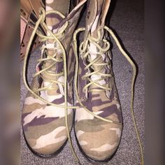 Ankle Combat Boots ✳️⚜CONDITION : Good condition has been worn. Only problem are the laces are worn down. ✳️ ⚜ COLOR :  Camouflage Green ✳️ ⚜ FIT : Fit is comfortable for 6 only or smaller if you like more room. ✳️⚜ SIZE : 6 ✳️⚜ NOT : TRADING! ✳️⚜ I SHIP : Monday - Friday's , and in 1-2 days !  ✳️ ⚜ WILL : Hold during Saturday & Sunday until I can ship for you ! ✳️ ⚜ PLEASE : remember I do need to make some kind of profit ! ✳️ ⚜ ALWAYS : Make an offer ! Shoes Ankle Boots & Booties