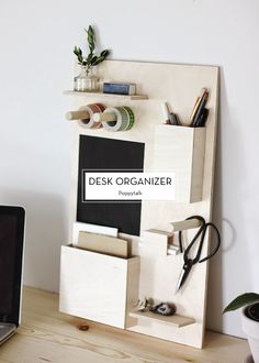 10 MARCH DIYS – Desk Organizer
