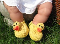 How cute are these? Baby Rubber Duck Shoes by Christine Grant-Pattern $3.50 on Ravelry