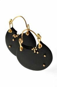 Jacqueline Cullen - Whitby jet earrings with 18CT gold granulation
