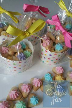 48 Trendy Cookies Packaging For Bake Sale Goodies - Valentines Day Cookies, Iced Cookies, Cute Cookies, Easter Cookies, Holiday Cookies, Sugar Cookies, Bake Sale Packaging, Dessert Packaging, Bakery Packaging
