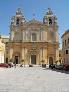 @alliwant is to go back to this church in Malta, where by boyfriend is from