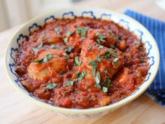 Learn to make Italian Chicken Cacciatore in this easy recipe with tomato sauce, peppers, mushrooms, basil, and flavorful herbs. Healthy, Kosher, Meat.