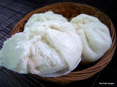 I have been itching to try out a Pau recipe and vaguely remember that I did make it once, long, long ago. So I got hold of my old fil. Steamed Meat, Steamed Pork Buns, Asian Desserts, Asian Recipes, Chinese Recipes, Pau Recipe, Chinese Deserts, Chinese Food, Bao Buns
