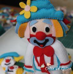 http://www.elo7.com.br/palhacinho-patati-personagem/dp/3D6D31#df=d&uso=o&pso=up&sgtbt=0&rk=0&sv=0