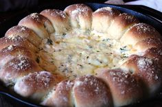 Warm Skillet Bread with Spinach Artichoke Dip - This is pretty cool...Yum! :D
