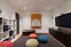 Elegant modern house in west Vancouver, Canada | Portfolio holder: https://www.pinterest.com/pin/368943394454136579/ | Portfolio Holdings of: https://www.pinterest.com/pin/368943394454085101/