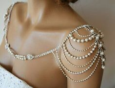 Wedding dress pearl jewelry