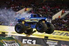 Fabtech Sponsored Vehicle: Eric Swanson's 2017 Obessed Monster Truck getting air! #MonsterTrucks
