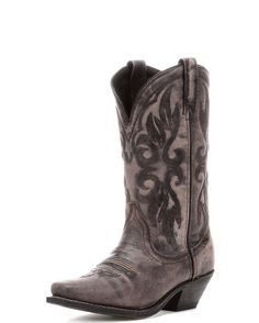 The Laredo Maricopa Boot features authentic western styling paired with a durable and comfortable build. If you're looking for style and practicality at a great value, look no further!