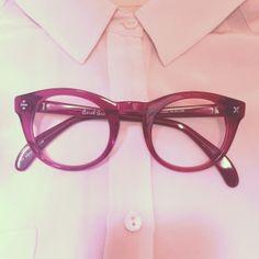 e61360bbb68e  DerekCardigan  Glasses