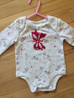 Minnesota Bunny Onesie ~ Size 0-3 months ~ NEW ~ Pink Bunny Chickens ~ Soft & Cute ~ Great Gift for Sweet Baby Girl ~ Flower MN Appliqué ~ by ArtThatCooks on Etsy