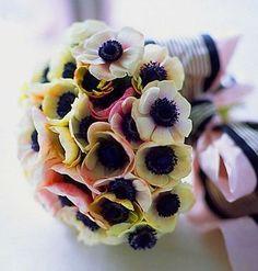 анемоны фото свадебный букет флорист