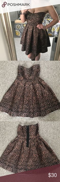 Cheetah print bandage dress Worn once. The shape is super cute and flattering, and it has a sweetheart neckline. Zipper in the back. Super stretchy! Honey Punch Dresses
