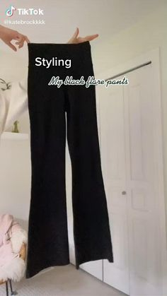 Legging Outfits, Leggings Outfit Winter, Flare Jeans Outfit, Trouser Outfits, Pants Outfit, Teen Leggings, Vintage Outfits, Retro Outfits, Cute Casual Outfits