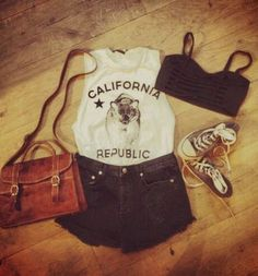 In 2 weeks going to Cali!!! Going to buy a bear republic brotank and i am going to wear my converse! :)