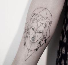 Tatuagem criada pela artista Melina Wendlandt (xoxotattoo) de Hamburgo, Alemanha.