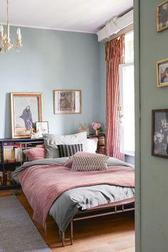 8 meilleures images du tableau Maison - lits | Lits, Meuble design ...