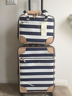 Kate spade suitcase nwt kate spade bon voyage international carry on topper travel set interior decor Suitcase Sale, Carry On Suitcase, Carry On Luggage, Luggage Sets, Best Travel Luggage, Cute Luggage, Travel Set, Travel Bags, Travel Plane