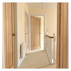 JB Kind Internal Oak Unfinished Cottage Thames II Door at Leader Doors Internal Door Handles, Oak Interior Doors, Wooden Doors Interior, Stylish Doors, Doors Interior, Bathroom Interior, House Designs Exterior, Oak Doors, Wood Doors Interior