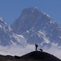 Alles Oder Nichts by P. George Elsbett on SoundCloud Sound Cloud, Mount Everest, Clouds, Mountains, Nature, Travel, Oder, Naturaleza, Viajes