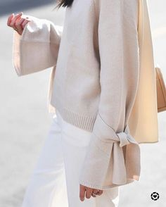 So happy that it's sweater weather! Image via @thefullerview. Shop the look http://liketk.it/2tuD4 #liketkit @liketoknow.it #sweater #sweaterweather #sweaters #shopping #shoppingonline #bow #ltkstyle #ltksalealert #ltkfashion #wool #cashmere