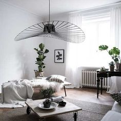 The Vertigo pendant light is an icon of Petite Friture. Created by the designer Constance Guisset it aroused the enthusiasm of design professionals. Basement Lighting, Living Room Lighting, Home Lighting, Scandi Living Room, Gravity Home, Interior Decorating, Interior Design, Decorating Ideas, Scandinavian Interior