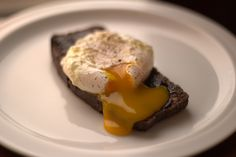 poachedd egg on toast  http://mangofique.com/2014/12/toast-with-miso-and-poached-egg/