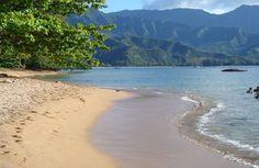 Hulaland Beach Blog: Hanalei Bay Beach, Kauai