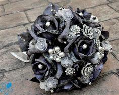 Silver Rose Bouquet - Blue Petyl Bouquets #wedding #bouquet