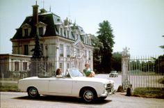 PEUGEOT 403 Cabriolet, 1955 #PEUGEOT #Classic #car #fiftiesrock #Stil #50s http://www.peugeot.de/historie/