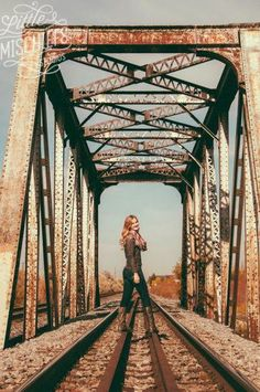 Find an old bridge - makes for a beautiful backdrop! Find an old bridge - makes for a beautiful backdrop! Summer Senior Pictures, Senior Photos Girls, Train Senior Pictures, Senior Pics, Railroad Senior Pictures, Senior Posing, Senior Session, Photography Senior Pictures, Senior Portraits