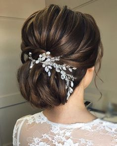 87 Fabulous Wedding Hairstyles For Every Wedding Dress Neckline Textured wedding updo hairstyle ,messy updo wedding hairstyles ,chignon , messy updo hairstyles ,bridal updo Wedding Dress Necklines, Necklines For Dresses, Wedding Dresses, Wedding Bouquets, Wedding Flowers, Bride Hairstyles, Trendy Hairstyles, Fashion Hairstyles, Winter Wedding Hairstyles