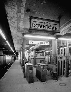 Old New York City Subway St Lennox Ave Platform this is my stop.i was lucky living on madsion ave.either east or west New York Subway, Nyc Subway, Harlem New York, S Bahn, New York Pictures, Vintage New York, Historical Maps, City Photography, Old And New