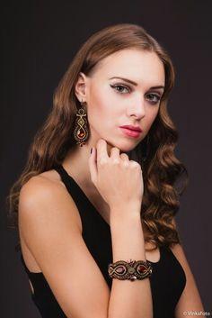 Bracelet Watch, Watches, Bracelets, Accessories, Fashion, Moda, Wristwatches, Fashion Styles, Clocks
